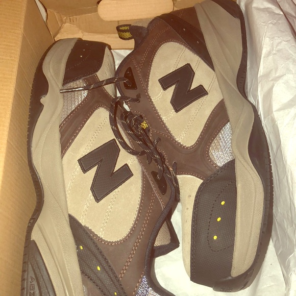 83d5ae00a6f4d Men's industrial New Balance sz 12 slip resistant. NWT